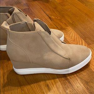 Boutique Wedge sneaker booties
